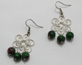 Earrings with flowers