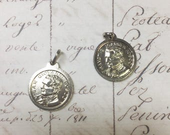 Small Silver Round Medal Charm, Double sided charm, 1pc