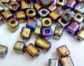150 seed beads metallic square cubes bluish 3x5mm