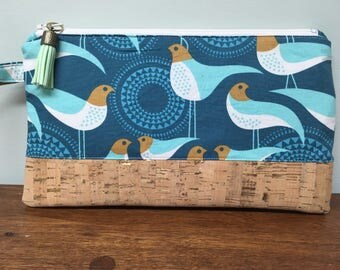 Clutch Wristlet - Birds with Natural Cork