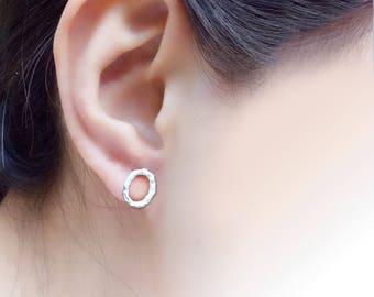 Forging Pattern Oval Sterling Silver / 925 Silver Stud Earrings, ellipse (SE015)