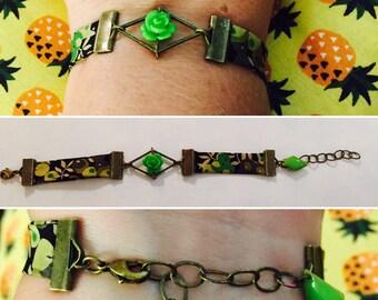 Bracelet obliquely Liberty floral green tones