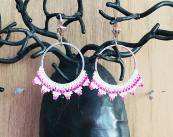 Hoop woven with miyuki beads