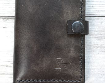 Leather Credit Card Holder / Hand stitched bifold leather wallet with pocket on the back. Hand made in London