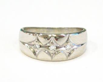 14K White Gold Diamond Wedding Band - X3247