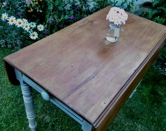 Vintage Drop Leaf Pembroke Table