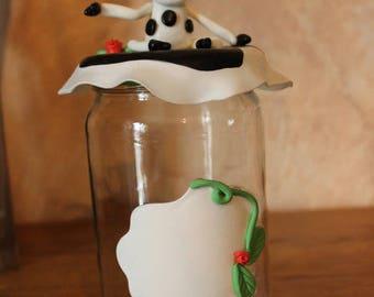 Jar cold porcelain COW