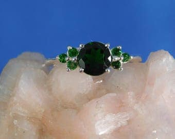 1.30 ct. Chrome Diopside and Tsavorite Garnet Ring Sterling Silver