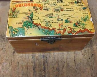Vintage Souvenir Oklahoma Cedar Trinket Box with Hinged Lid