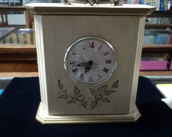 Vintage White Mantle Clock - Battery Operated