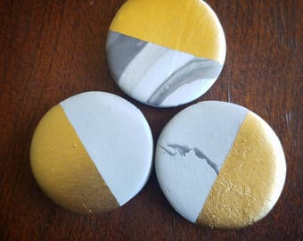 Color Block Marbelized Clay Magnets - TheHiddenBin