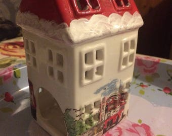 Handmade Cath Kidston Beautiful christmas collection Billy london ceramic tealight house
