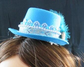 Turquoise Blue Mini Top Hat Fascinator
