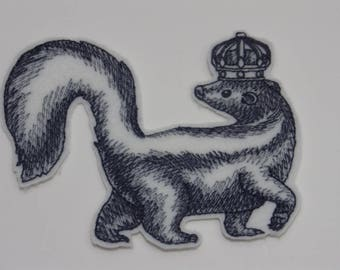 Animal in Crown Iron-on Patch. Embroidered Patch. Sew-On Patch. Skunk in Crown Patch