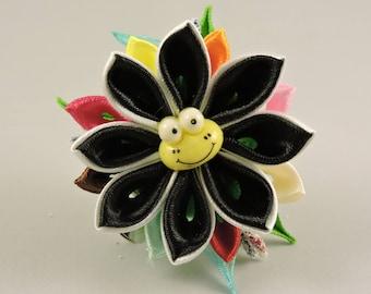 Kanzashi flower frog hair clip. Girls hair clip. Free shipping