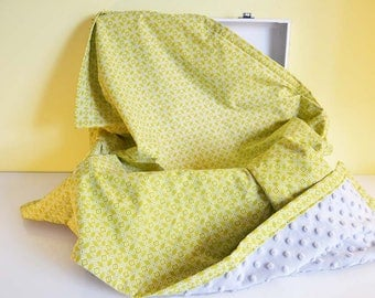 """Blanket minky and cotton """"graphic pattern"""" mustard yellow"""