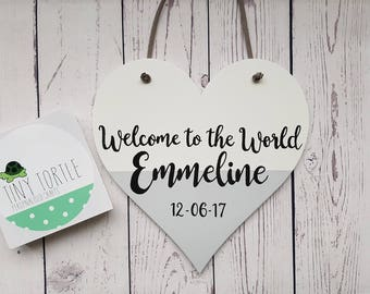 Wooden heart plaque, new baby gift, welcome to the world, handpainted, personalised gift, unique gift