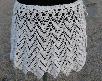Crocheted white 100% cotton skirt
