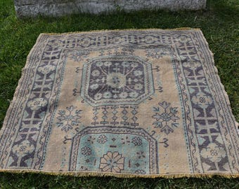 Free Shipping Turkish Vintage Rug 3.8 x 4.4 feet Floor Rug Tribal Rug Area Rug Decorative Boho Rug Aztec Rug Organic Wool Rug DC943