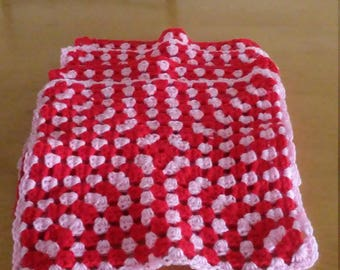 red and pink placemats