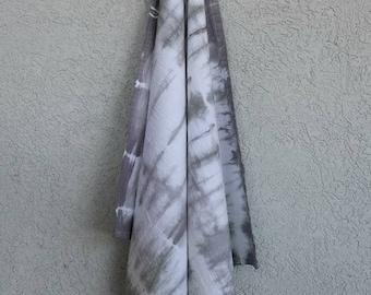 Shibori Tie-Dyed Cotton Flour Sack Towel Gray