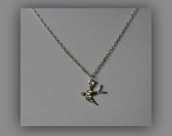 Silver Bird Jewelry,Sterling Silver Tiny Bird Necklace Pendant Jewelry,Tiny Delicate Swallow Necklace Silver