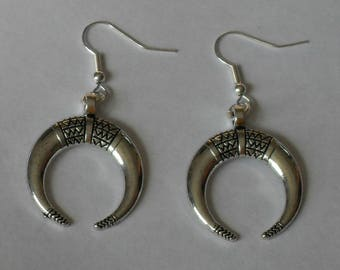 Double Horn Earrings,Silver Double Horn Earrings,Silver Horn Earrings,Upside Down Moon Earrings
