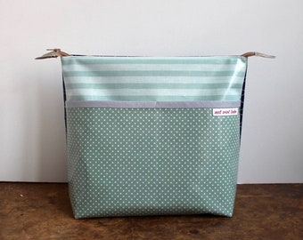 oilcloth cosmetic bag big, travel toiletry bag, make up, diaper bag, dots, turquoise, blue, washable ***