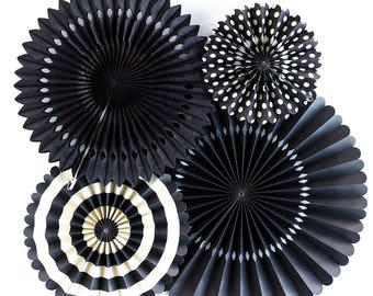 Pack of 4 Black Paper Fans Set Fiesta Party Hanging Fans Baby Shower Wedding Party Dackdrop Graduation Party Decorations