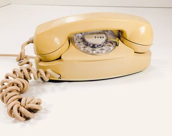 Vintage Bell Western Electric Princess 701B 1960 Phone Telephone Beige Untested With Ringer/Transformer Rotary Dial Phone