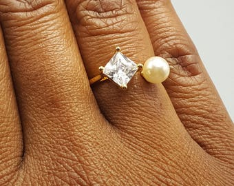 Square Swarovski Crystal & Pearl Ring