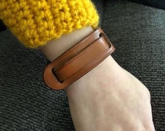 Leaf Leather Bracelet - Saddle Tan - Leather Cuff - Brown Modern Leather Bracelet for Woman