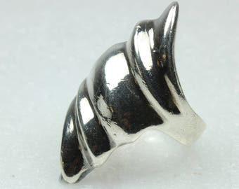 Sea Shell Shaped Sterling Silver Ring Size: P 1/2-7 3/4