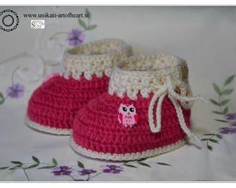 Crochet Baby Shoes / Natural Sheep Wool / Newborn Baby Shoes / Crochet Baby Booties / Baby Girl Shower Gift / Baby Girl Boots / Crib Shoes