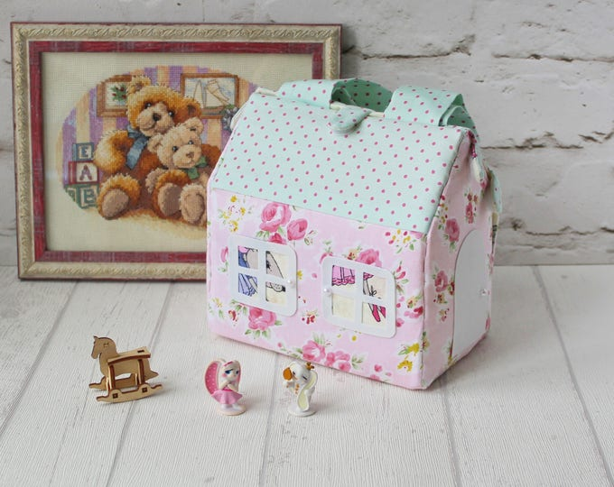 Fabric doll house kit Travel dollhouse Gift for girl Dollhouse miniature Baby bags for girl