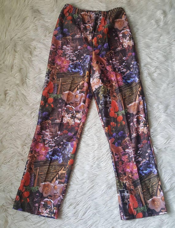 Vintage 70s psychedelic leisure pants. Ladies high waisted hippie pants size S/M