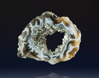 Wonderful Ocho Agate Geode Slice with Platinum, 49x40x5mm, 62 cts (NF1305)
