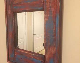 Repurposed pallet wood mirror