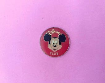 Vintage Mickey Mouse Disney club enamel pin