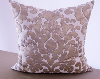 Elegance and style in gold, Cushion cover, 53 x 53 cm
