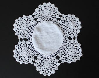 Vintage crochet doily, 100% cotton, white colour