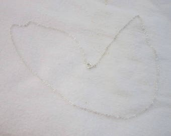 Vintage 18 inch Silver Tone Chain Necklace Like New
