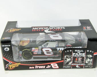 Winners Circle Hall of Fame Tribute Martin Truex Jr. #8 1/24 Diecast Nascar