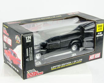 Limited Edition Racing Champions 1940 40 Ford Sedan Delivery # 72 1/24 Diecast