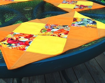 set of 4 quilted placemats ~ handmade ~ sunflowers cardinals birds and chipmunks ~ table linens home decor ~ fall autumn harvest decoration