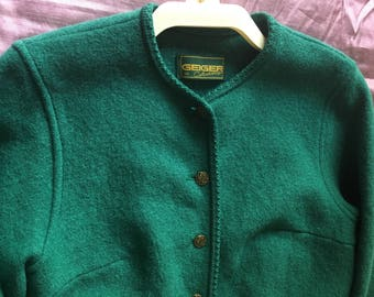 Geiger ladies boiled wool green jacket 40in chest with lovely buttons