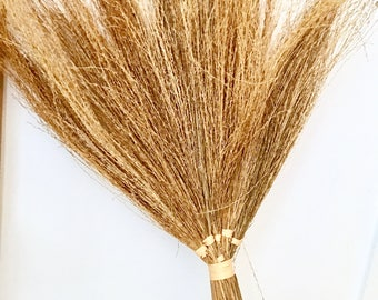 Straw broom | Wall broom | Hanging broom