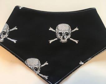 Glitter Skulls snap on bandana