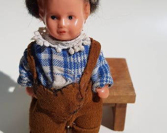 Rare old doll to the doll's House