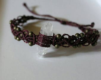 macrame bracelet with clear Quartz